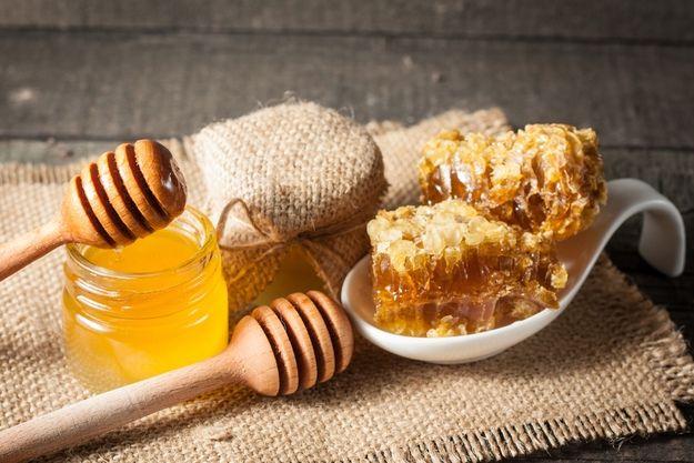 Как проверить мед на натуральность в домашних условиях 3
